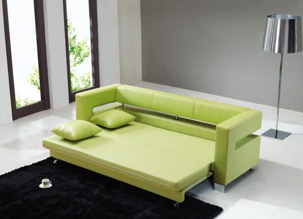 Разложенный диван в интерьере