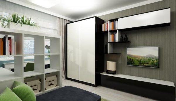 Шкаф-стенка со стеллажом