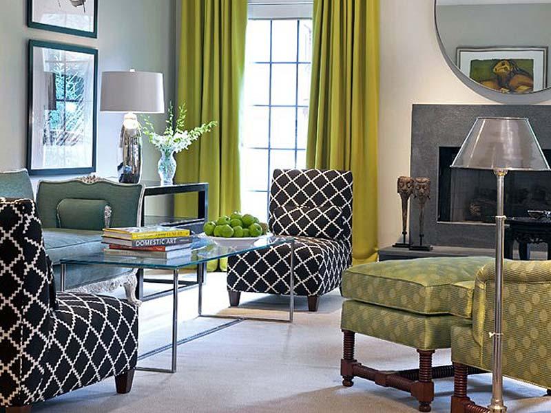 Оливковые шторы в интерьере гостиной фото