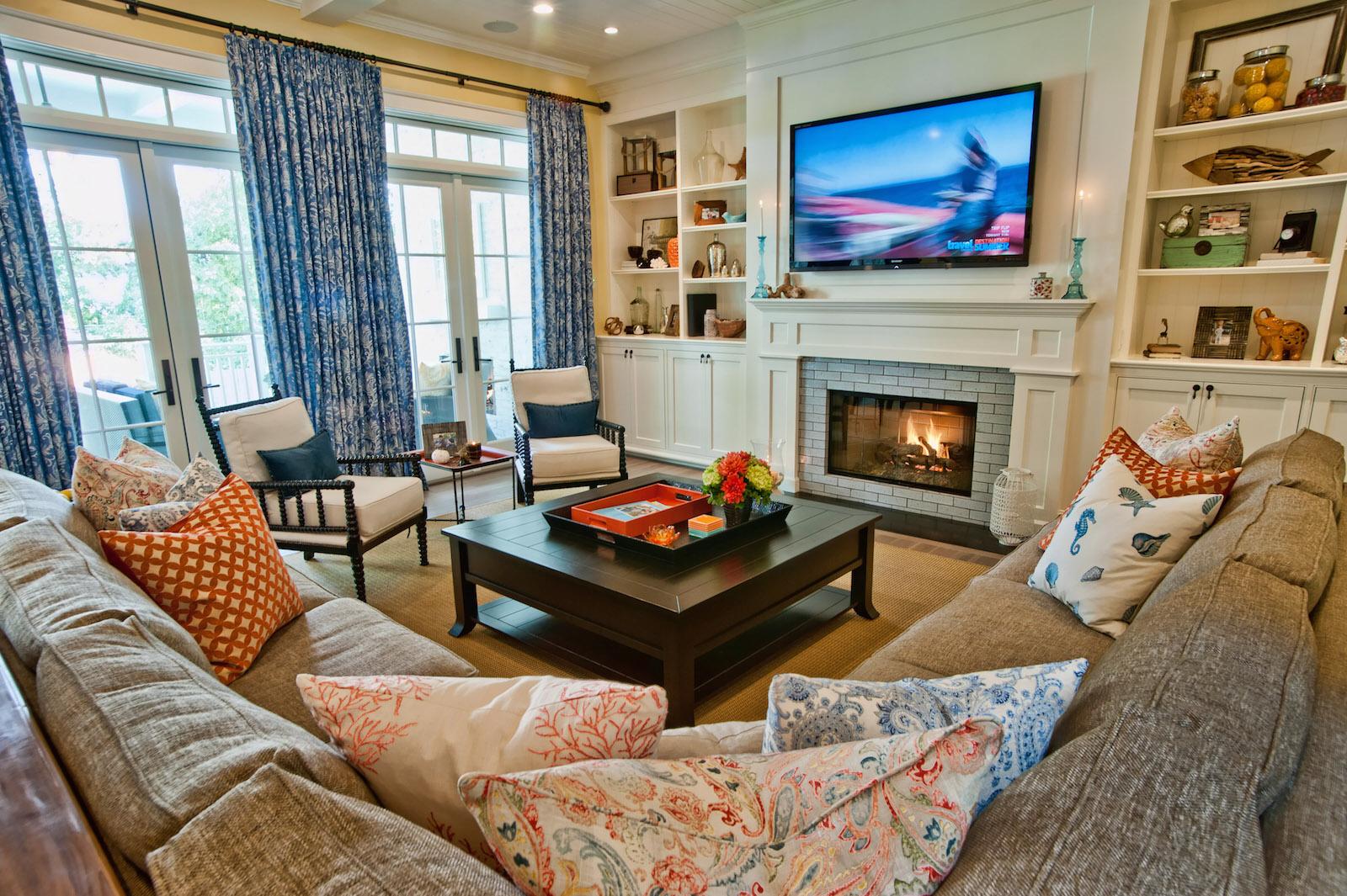 Фото дизайна квартиры с двумя окнами в хрущевке дизайн