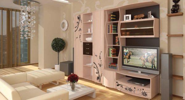 Стенка-шкаф в нежно розовых тонах