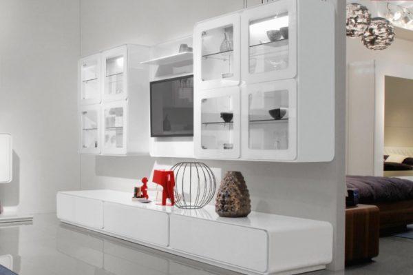 Шкаф со стеклом в стиле хай-тек