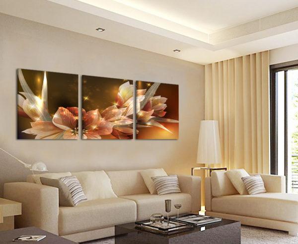 Модульная картина в светлой гостиной