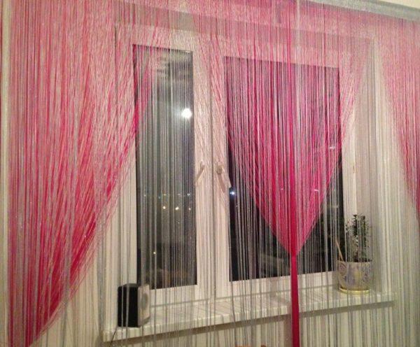 Розово-белые шторы кисея