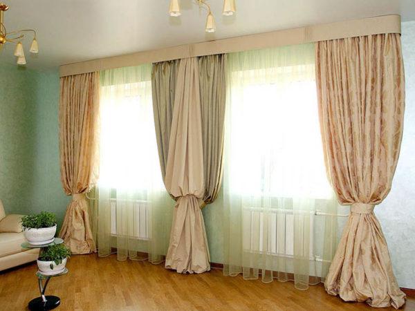 Шторы на одну сторону окна для спальни, ламберекены в зал