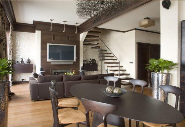 Лестница в гостиной кухни-гостиной