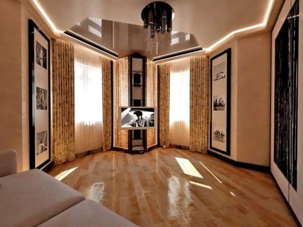 Два окна в комнате для гостей