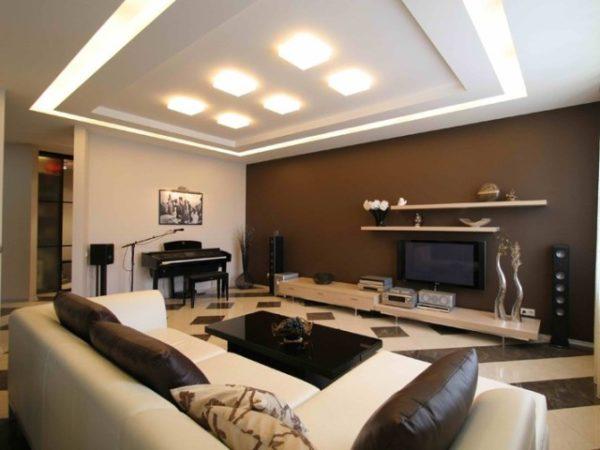 Бежево-коричневый зал