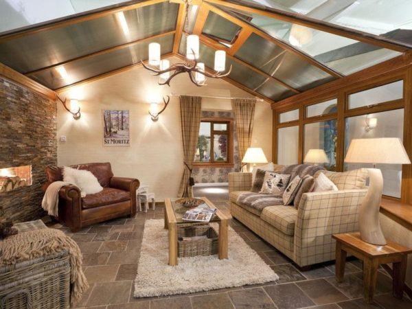 Уютная гостиная в доме