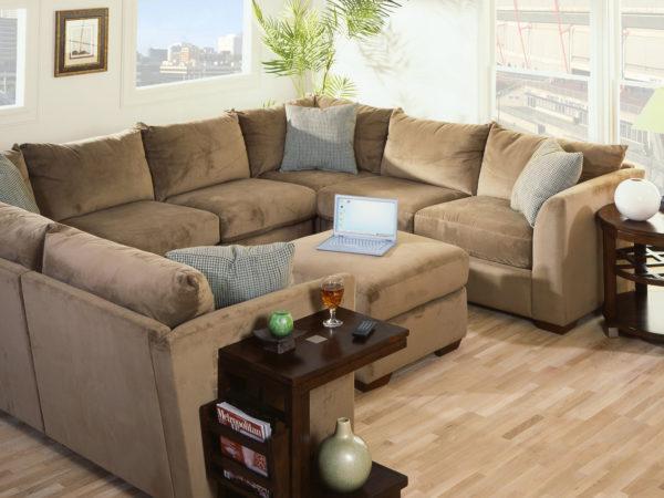 Фото дивана бежевого в гостиной