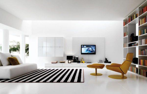Чёрно-белый ковёр