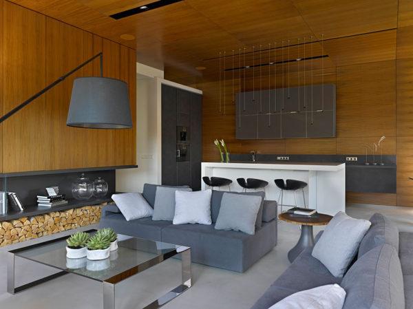 Деревянныя отделка в кухне-гостиной