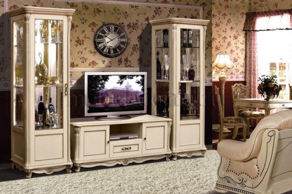 Мебель из дерева в классическом стиле