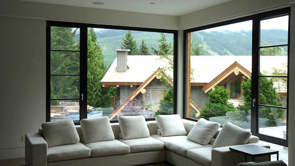 Два окна в доме