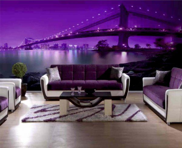 Вечерний мост в сереневом цвете на стене в зале