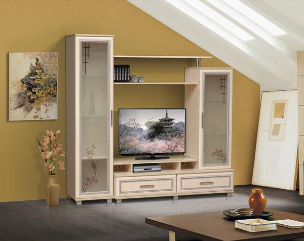 Корпусная мебель в гостиной в частном доме