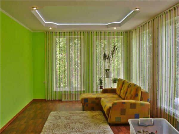 Зелёные шторы кисея