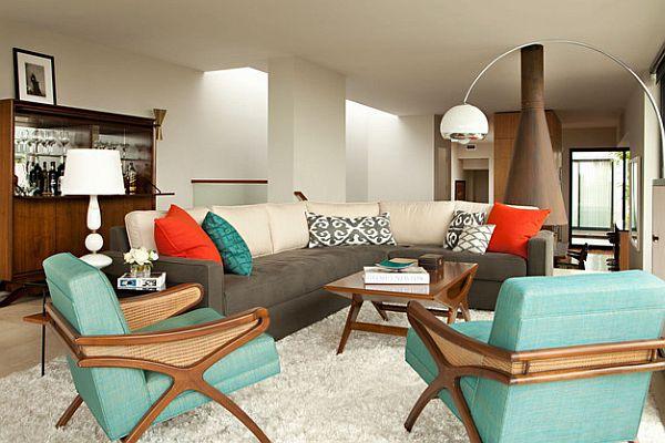 Нежно бирюзовые кресла в гостиной