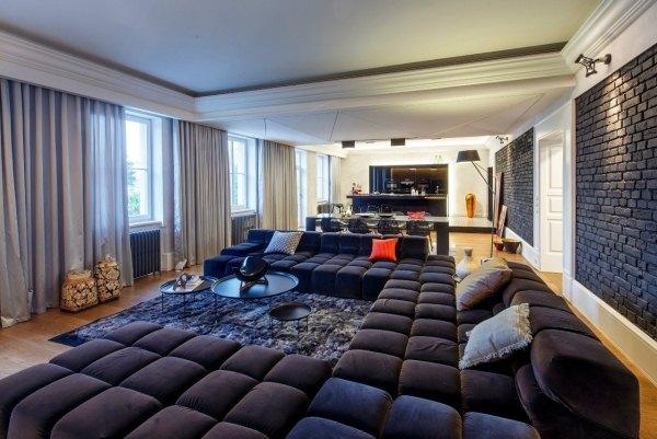 Большая зона отдыха в гостиной