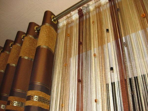 Коричневые шторы-нити