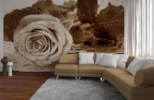 Большая роза на 3д обоях в гостиной