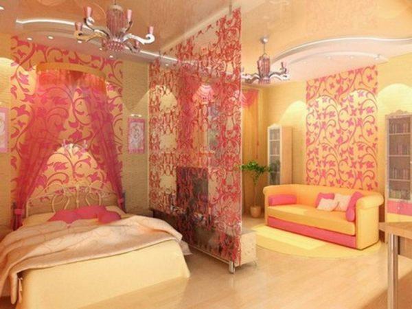 Розовая спальня-гостиная